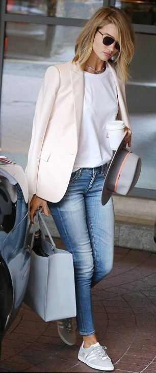 blue_jeans_and_blazer_with_a_t-shirt_and_sneakers